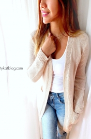 Sweaters beige